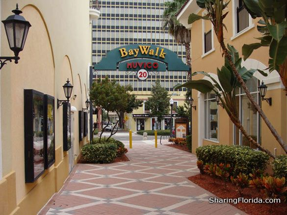 Baywalk Downtown St Petersburg Photos And Map To