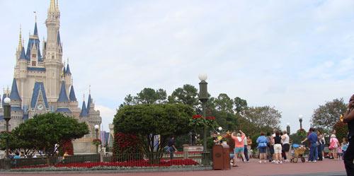Disney World Cinderella Castle Background Free Twitter Background ...