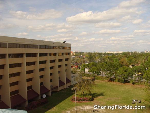 Doubletree 305 Hotel Plaza Boulevard in Orlando