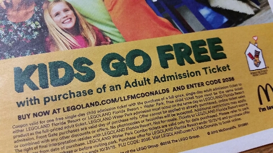 How to use a Legoland coupon Legoland offers a variety of ticket options to help you save money. Purchase the annual pass that best fits your needs and you will be able to visit all year long with special discounts on dining, merchandise and events at the park. For a one or two day visit you can still save if you purchase your ticket online.